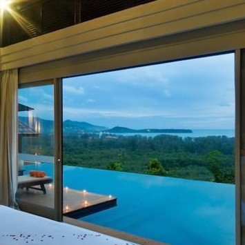 best-hotels-with-honeymoon-suites-in-the-world
