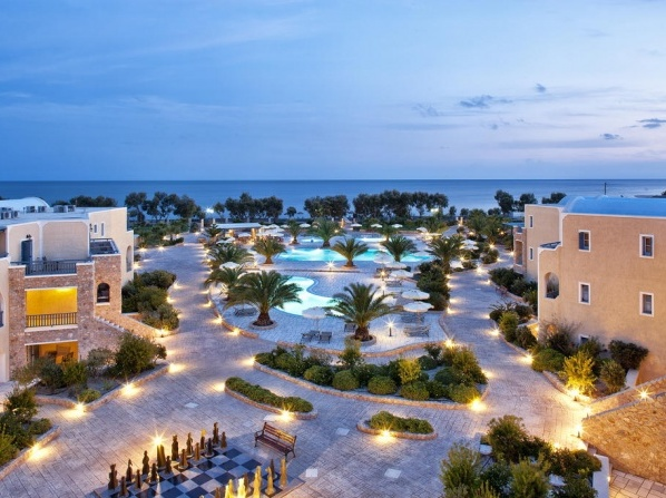 Santo Miramare Beach Resort