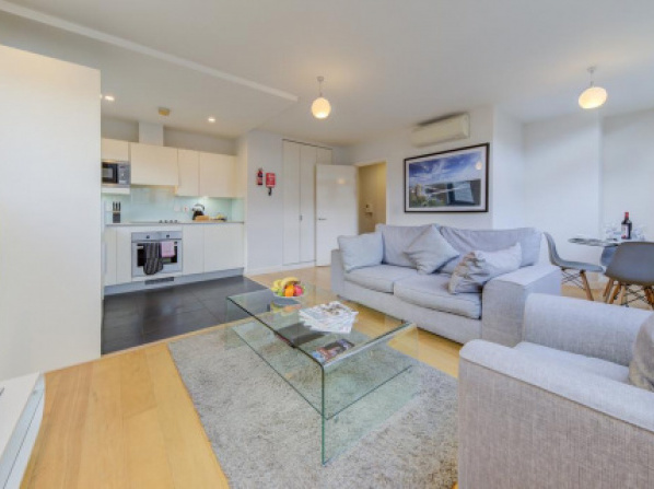 Cleyro Serviced Apartments - Finzels Reach