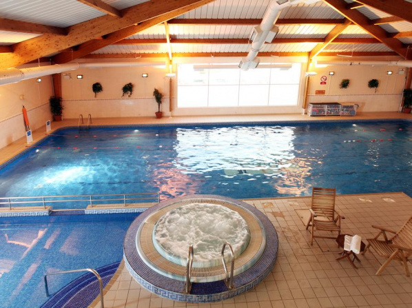Family friendly hotels with children 39 s pool and swimming - Child friendly hotels swimming pool ...