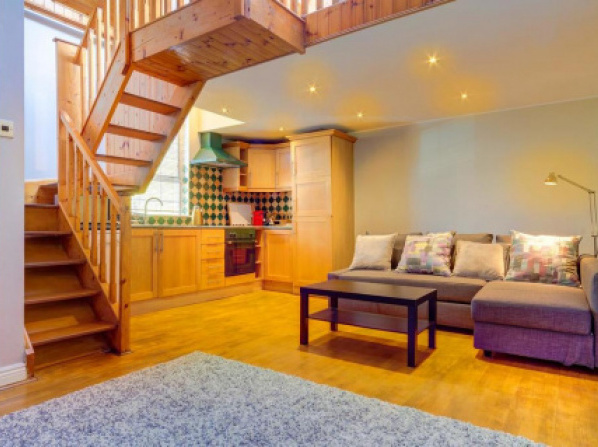 Wonder Ballsbridge Luxury Chalet Home near Aviva