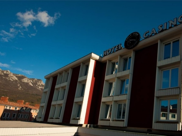 Gold Club Hotel & Casino