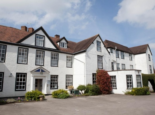 Best family friendly hotels with swimming pool in the uk - Hotels in weymouth with indoor swimming pool ...